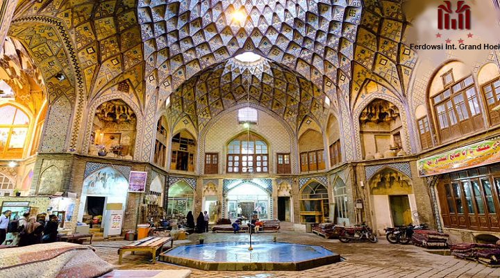 One-day tour in Grand Bazaar and Golestan Palace